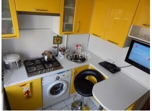 ОРЛАНДО - кухня с современной планировкой (размер 2,5×2,6 метра)