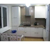 ГОЛДИ - кухня для маленьких помещений (размер 2,4×1,3 метра)