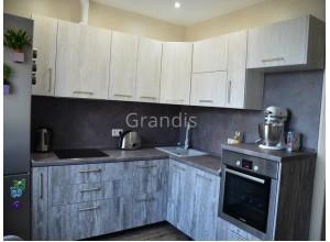 ДУГЛАС - кухня с эмалевым покрытием (размер 2,1×2,2 метра)
