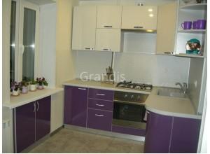 МОЛЛИ - кухня на небольшое помещение (размер 2,6×2,5 метра)