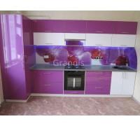 ЭЛИАНА - кухня со встроенным холодильником в пенал (размер 1,9×2,8 метра)