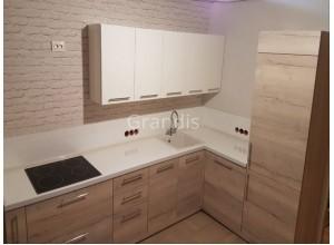 ЭЛУНЕД - кухня со встроенным холодильником в пенал (размер 3×1,1 метра)