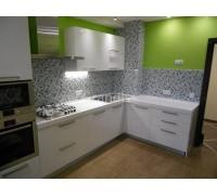 ГАЛЬ - кухня с электрической плитой (размер 1,7×2,2 метра)