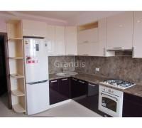 БАРБАРА - кухня с горизонтальными шкафами (размер 2,7×2,1 метра)